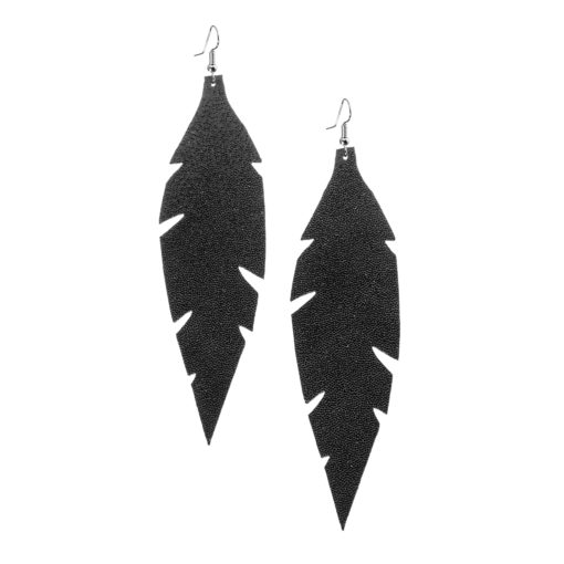 Grande Feathers Glitter Black are beautiful, eye-catching (14.5cm) and lightweight (Only 7g!) leather earrings for women who have the courage to be seen and for women who need encouragement to be seen.They are also perfect earrings for upgrading your everyday style.