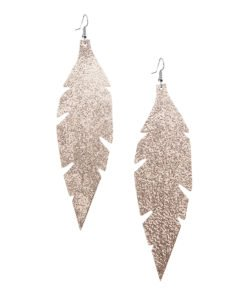 Grande Feathers Glitter Gold are beautiful, eye-catching (14.5cm) and lightweight (Only 7g!) leather earrings for women who have the courage to be seen and for women who need encouragement to be seen.They are also perfect earrings for upgrading your everyday style.