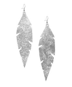 Grande Feathers Glitter Silver are beautiful, eye-catching (14.5cm) and lightweight (Only 7g!) leather earrings for women who have the courage to be seen and for women who need encouragement to be seen.They are also perfect earrings for upgrading your everyday style.