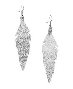 Midi Feathers in glitter silver are beautiful eye-catchers guaranteed to transform your style within seconds. The earrings are extremely light to wear and made of Italian goat leather.