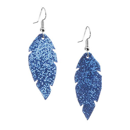 Petite Feathers glitter blue are light and delicate eye-catchers. Due to their size and lightness they are suitable for wearers of all ages, and are often the our customers' first pair of Viaminnet -earrings.