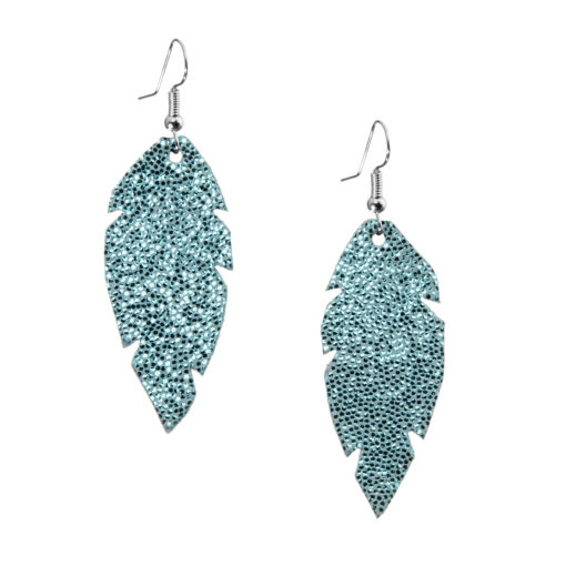 Petite Feathers glitter turquoise are light and delicate eye-catchers. Due to their size and lightness they are suitable for wearers of all ages, and are often the our customers' first pair of Viaminnet -earrings.