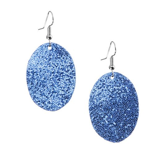 Bubbles Petite Earrings glitter blue are timeless, but playful. Made of luxurious Italian goat leather, so even the size (5cm) is eye-catching they are also lightweight (only 3g). Experience Bubbles Petite Earrings , it suits all ages.