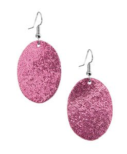 Bubbles Petite Earrings glitter pink are timeless, but playful. Made of luxurious Italian goat leather, so even the size (5cm) is eye-catching they are also lightweight (only 3g). Experience Bubbles Petite Earrings , it suits all ages.