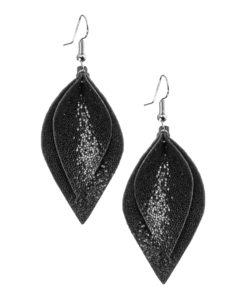 Lumme Midi Double Earrings in glitter black are inspired by the most beautiful decoration of Finland´s lakes, the water lily – Lumme. The shape of these lightweight (only 5g) exclusive italian goat leather made earrings is elegant and the size (length 7cm) of the earrings make it suitable to all occasions.
