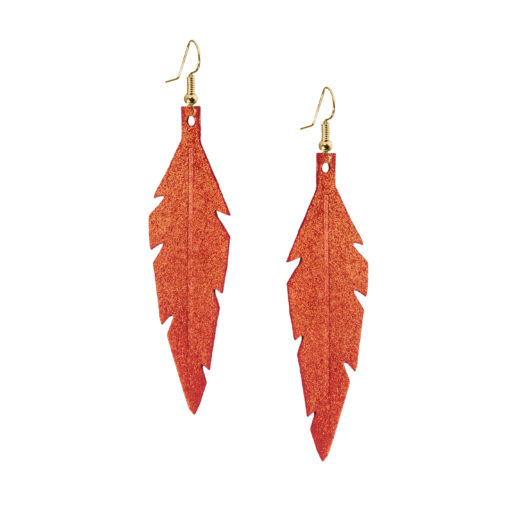 Midi Feathers in golden red are beautiful eye-catchers guaranteed to transform your style within seconds. The earrings are extremely light to wear and made of Italian goat leather.