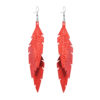 Midi Feathers Feathers in powder orange are beautiful and lightweight (Only 6 g!) eye-catching (14.5cm) and very comfortable leather earrings. Thanks to their user-friendly chain these earrings can be worn even with a scarf or a turtleneck shirt.