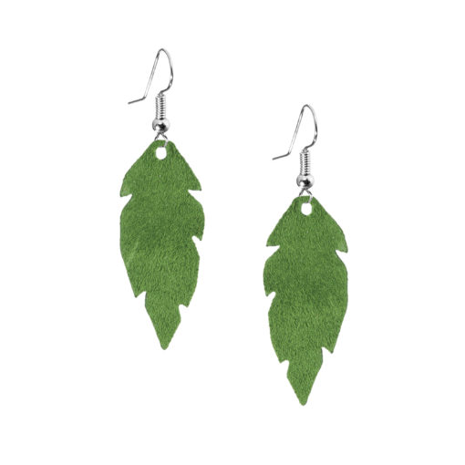 Petite Feathers green are light and delicate eye-catchers. Due to their size and lightness they are suitable for wearers of all ages, and are often the our customers' first pair of Viaminnet -earrings.