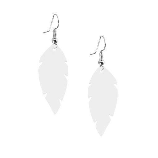 Petite Feathers white are light and delicate eye-catchers. Due to their size and lightness they are suitable for wearers of all ages, and are often the our customers' first pair of Viaminnet -earrings.