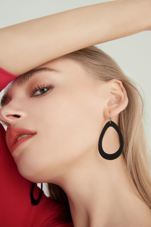 Viaminnet Sade Raindrop Petite Earrings