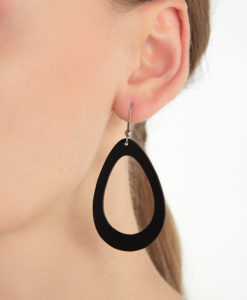 Viaminnet Sade Raindrop Petite Black Recycled Leather Earrings