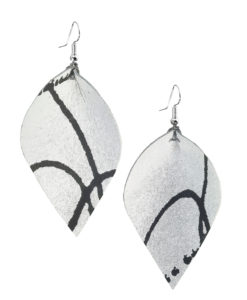 Viaminnet x Lotta Sirén Leather Earrings No. 203 Keep It Simple
