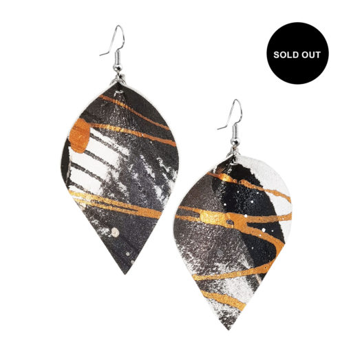 Viaminnet x Lotta Sirén Leather Earrings SOLD OUT No. 301 Abstract Glamour