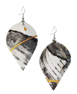 Viaminnet x Lotta Sirén Leather Earrings No. 304 Abstract Glamour