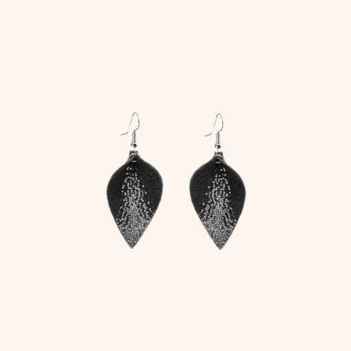 Lumme Petite Glitter Black Leather Earrings